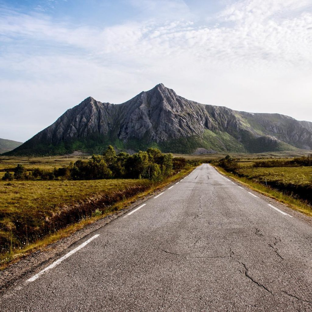 The open roads of Vesterålen. Wide open spaces, yet always mountains in sight. Often, I (@kristinrepsher) could count many more mountains than cars!  #VisitNorway #NorthernNorway #Vesterålen #Hinnøya #roadtrip