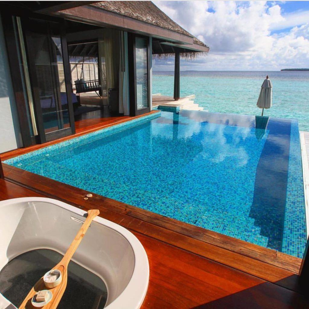 Maldives ?????? Credits ?@kobechanel? . #beachesnresorts for a feature ??