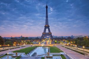 6 Attractions in Paris You Must See in Real Life